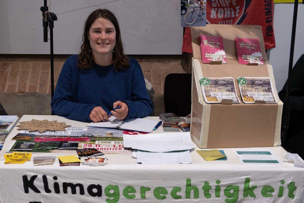 Marie Schneider von der Initiative Klimagerechtigkeit Kassel.